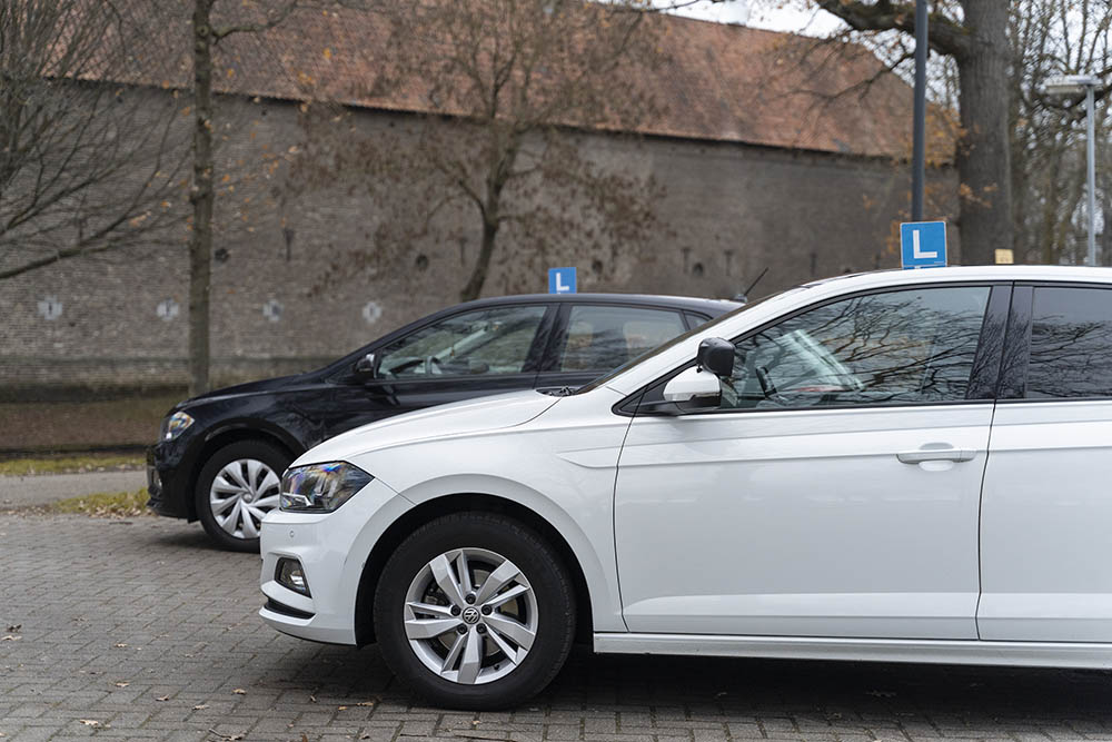 Driving lessons Eindhoven